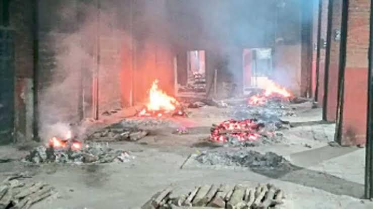 दुर्दैवी अन भीषण ! अहमदनगर शहरात 42 मृतदेहांवर अंत्यसंस्कार !